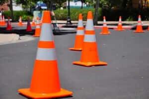 กรวยจราจร (traffic cone)